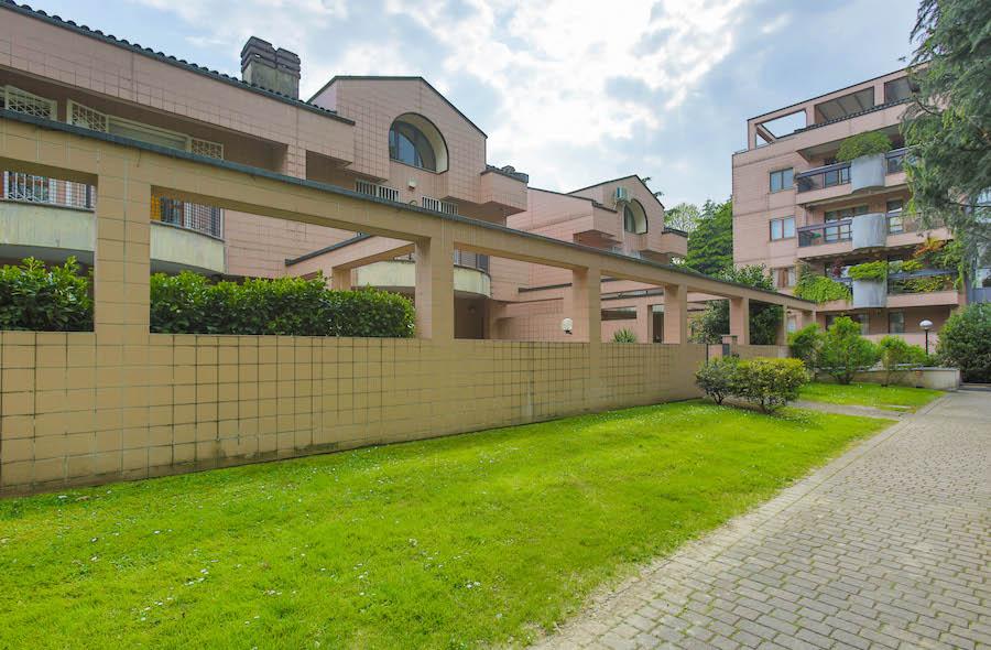 Villa a Segrate (Rif. 124)